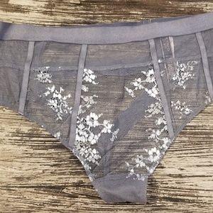 Nwt Victoria's secret very sexy high waist thong M